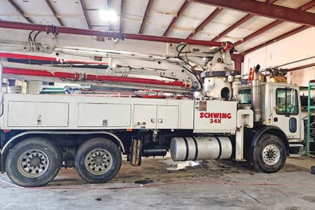 1999 Schwing 34-Meter Concrete Pump For Sale