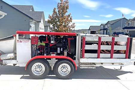 2002 Olin 545 Concrete Trailer Pump