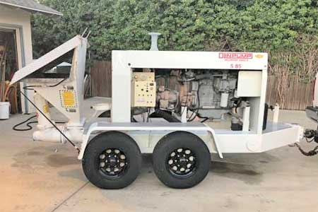 2002 Olin 585 Concrete Trailer Pump